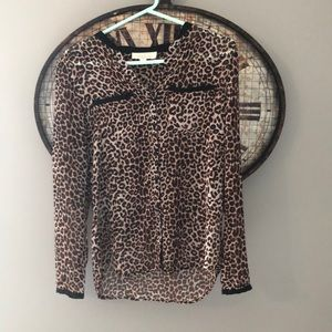 Olive & Oak Small Leopard Print Button Down Blouse
